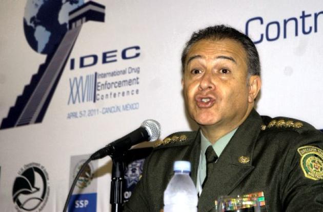 General Oscar Naranjo, director nacional de la Policía.