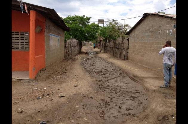 Una de las calles que será pavimentada en Nervití.