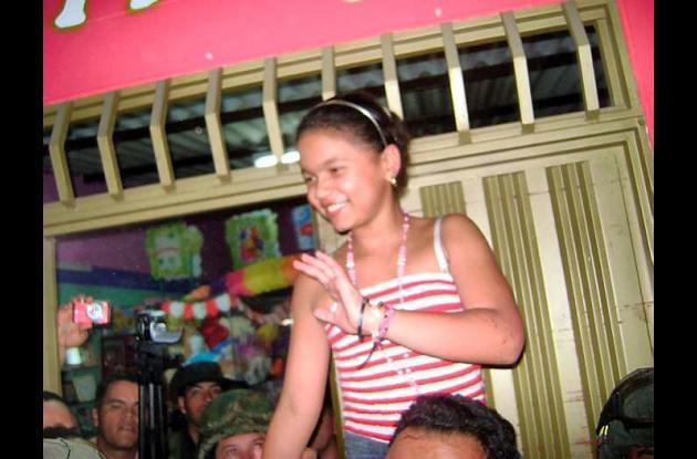 Nhora Valentina Muñoz, hija del alcalde de Fortul Jorge Enrique Muñoz, disfruta