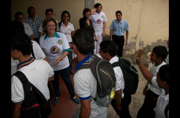 Nodo Petroquímico en la Institución Educativa CASD Manuela Beltrán