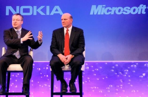 El negocio lo cerraron Stephen Elop de Nokia, y Steve Ballmer,  de Microsoft.