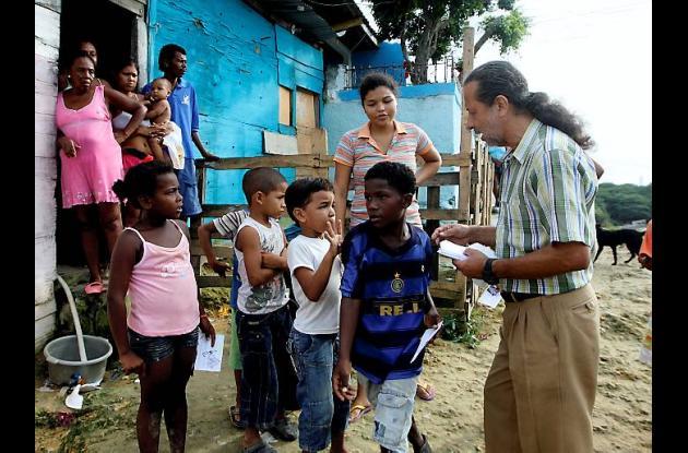 Organización de novena navideña con niños de La Popa en Cartagena