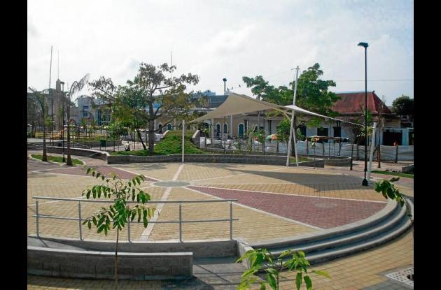 Nuevo parque remodelado por la CVS en Sahagún.