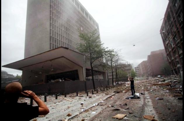 atentado oslo noruega bomba