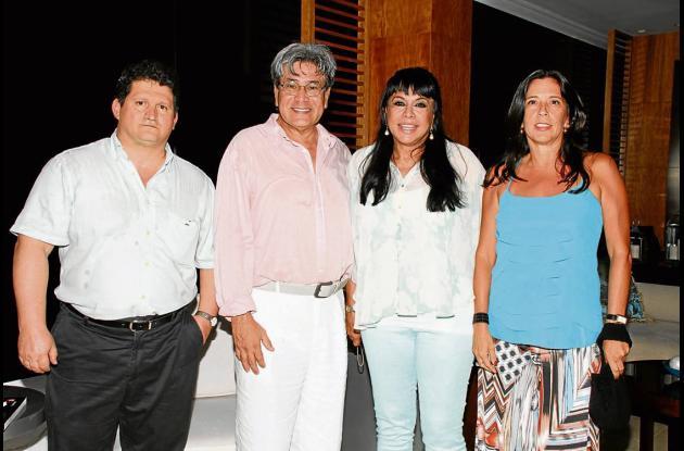 Coctel de Ospinas & Cía
