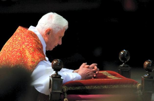 El Papa Benedicto XVI le habrá a astronautas en el espacio.