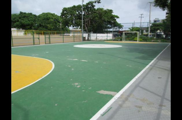 Cancha de microfútbol del Parque Román