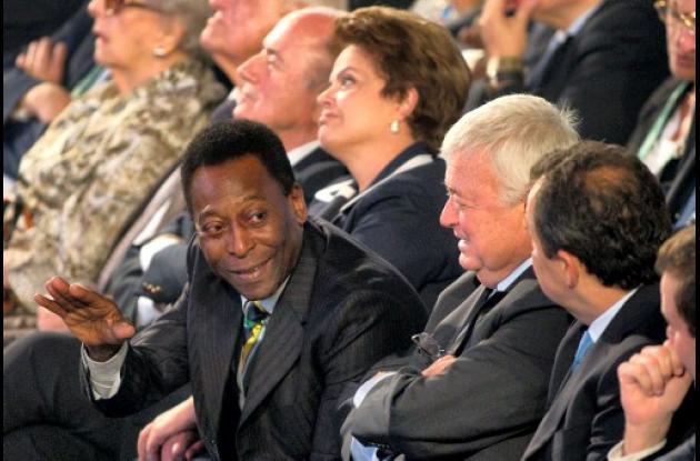 Reixeira no invitó a Pelé a sacar balotas en sorteo de clasificación de Brasil