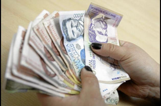 Para el 2014 el salario mínimo queda en 616 mil pesos y el subsidio de transporte en 72 mil.
