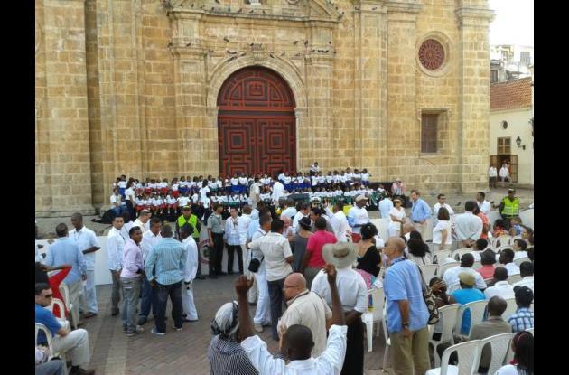 Todo listo en la Plaza San Pedro Claver para acto con el presidente Omaba.