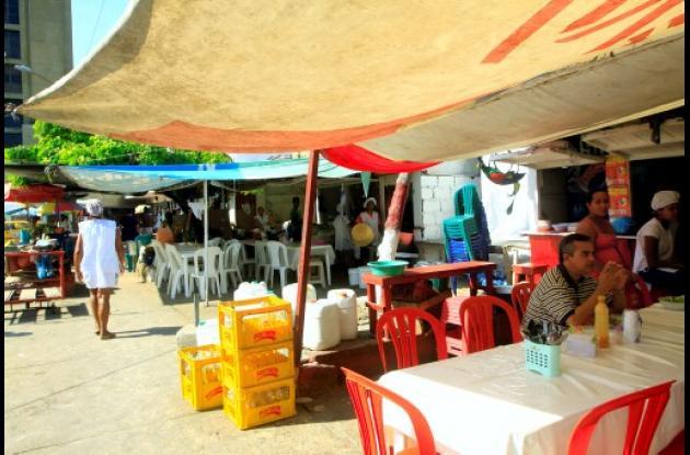 Cocineras de la Plazoleta Olímpica en Centro Histórico de Cartagena