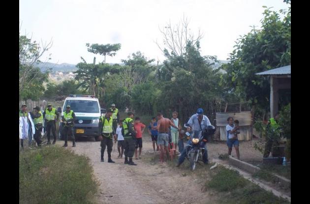 La Policía realiza operativos en diversos lugares de la población, con el fin de