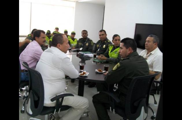 Reunión entre Policía Metropolitana y alcaldes de municipios