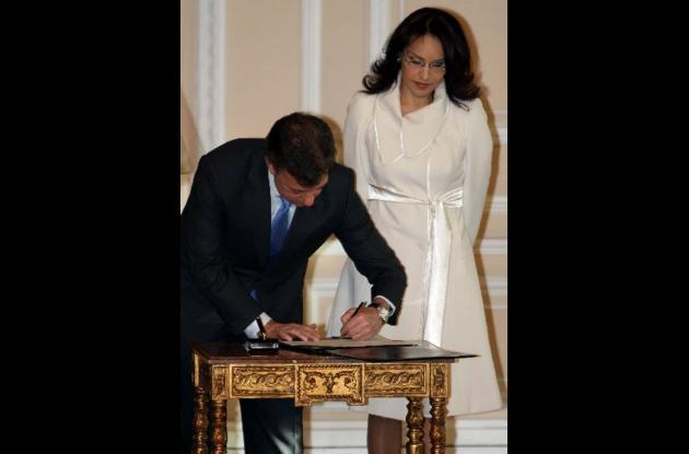 Viviane Morales tomó posesión del cargo ante el presidente Juan Manuel Santos.