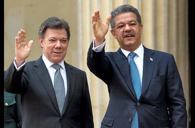 Juan Manuel Santos y  Leonel Fernández