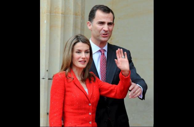 La princesa de Asturias, Letizia de Ortiz y el principe Felipe de Borbon.