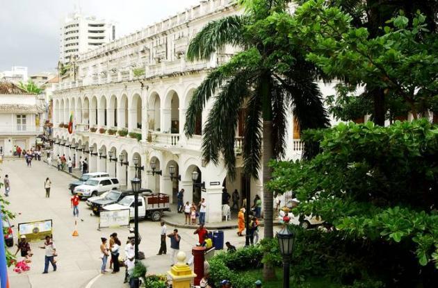 En el Palacio de la Proclamación se realizará la cumbre de gobernadores del Cari