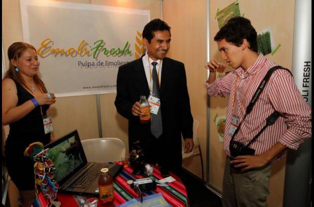 Participación de jóvenes en la VI Cumbre de las Américas.