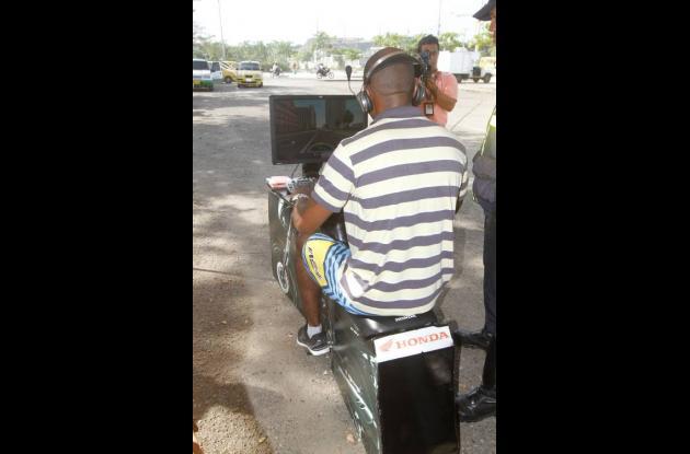 Prueba de conducción a motociclistas