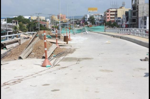 Arreglo de Puente de Las Gaviotas en tramo dos de Transcaribe.