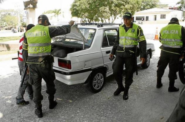Operativos de identificación de vehículos de la Policía Nacional
