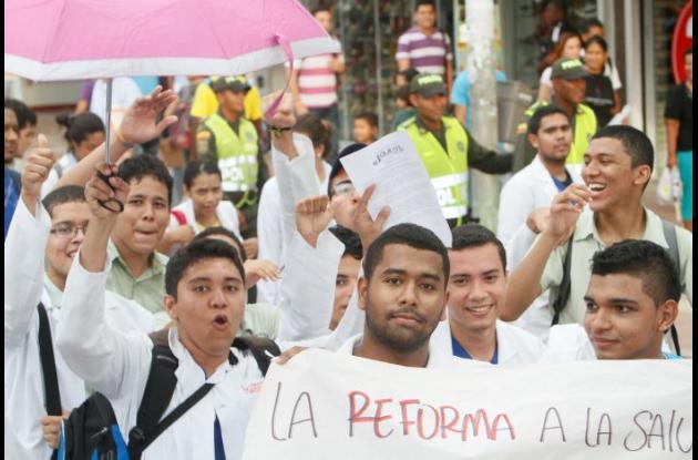Marcha contra la reforma a la salud el pasado miércoles 30 de octubre.