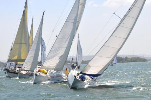 La aventura, el colorido y el espíritu marinero estarán nueva-mente en la bahía