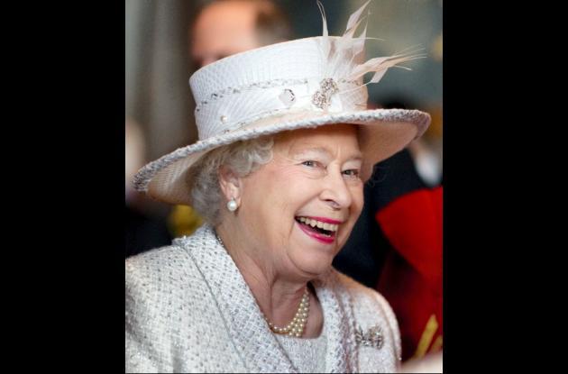 La Reina Isabel II; símbolo de la Realeza Británica.