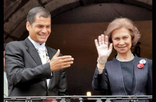 La reina Sofía y el presidente Rafael Correa.