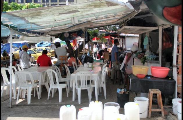 Restaurantes callejeros de Plazoleta Olímpica.