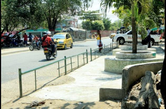 Restitución de espacio público en Las Palmeras.