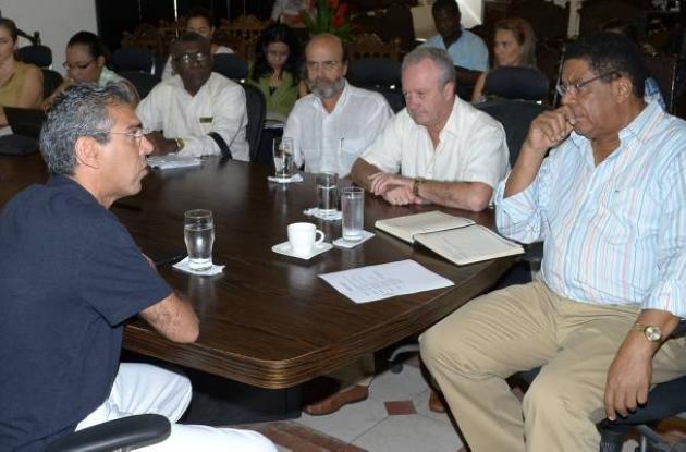 Arturo Calle propone proyectos de vivienda en Cartagena