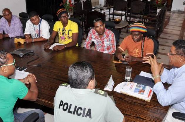 Reunión del alcalde con artistas de champeta