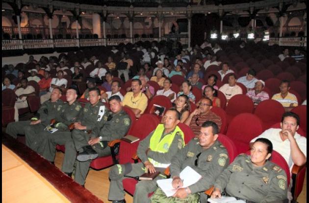 Reunión de la Policía con presidente de Juntas de Acción Comunal