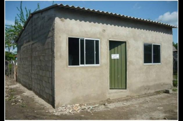 Casas rurales que serán entregadas hoy a las familias de Río Viejo, sur de Bolív