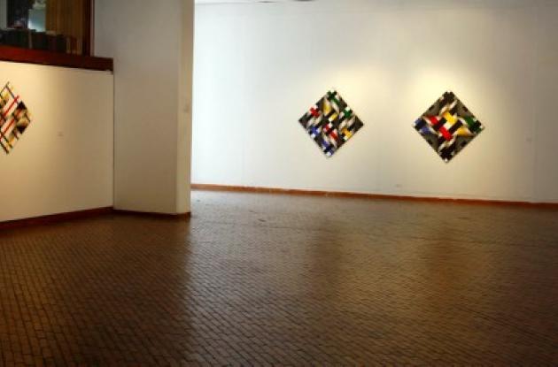 Roban obras personales del maestro Ömar Rayo.