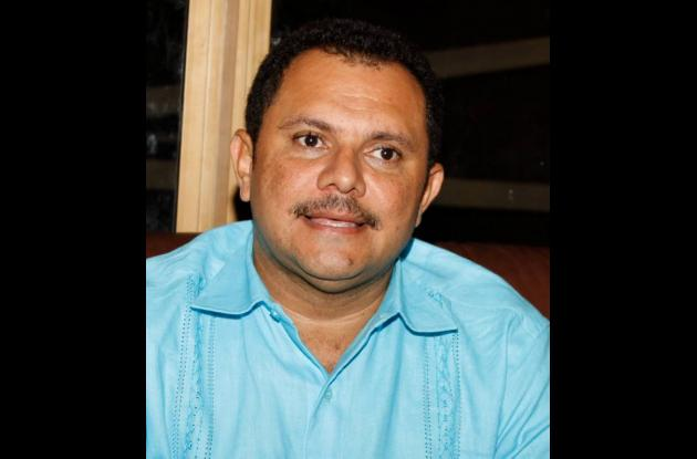 Roberto Grau Ortega, personero.