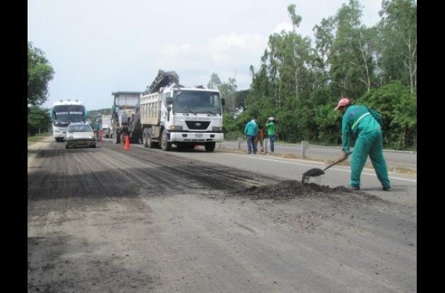 Rehabilitación de uno de los tramos de la Ruta Caribe, que cubre a Bolívar.