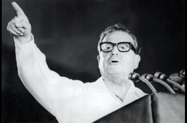 Golpe de Estado a Salvador Allende. Testigo dice que se suicidó.