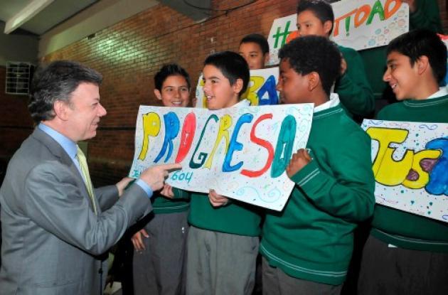 Presidente Santos sanciona Estatuto anticorrupción.