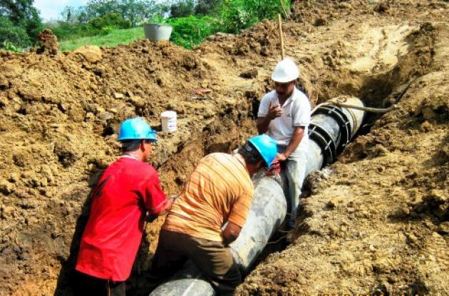 Trabajan para arreglar el daño que tiene a San Juan sin agua desde hace 3 semana