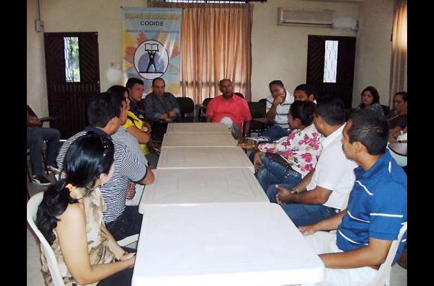 Reunión en la que se habló de la sede de Unicartagena para San Juan Nepomuceno.
