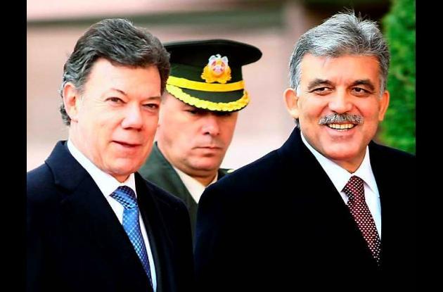 El presidente Juan Manuel Santos y su homólogo Abdullah Gull.