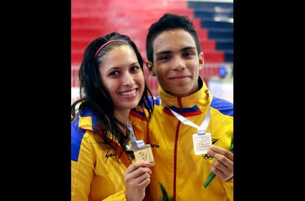 La colombiana Saskia Loretta van Erven García ganó oro en florete y Sebastián Cuellar ganó plata en sable, durante el primer día de la esgrima.