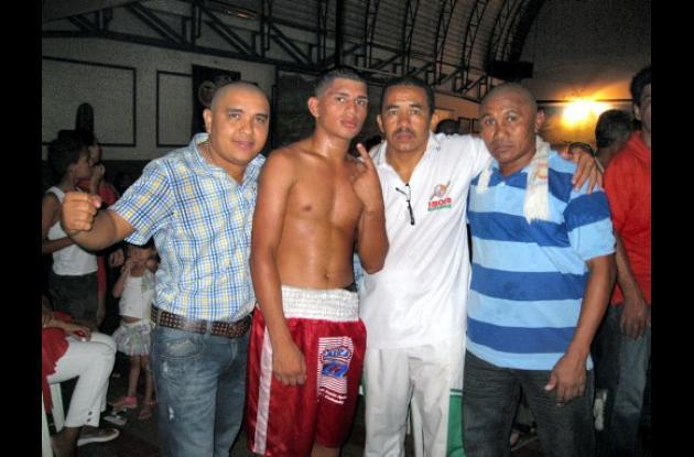 "Leonardo Torres, Yuri Méndez, Daniel Alviz y el exboxeador ""Piojo"" Quiroz"