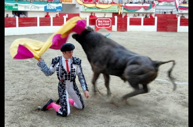 Héctor José, torero sincelejano que salió corneado en su faena del domingo