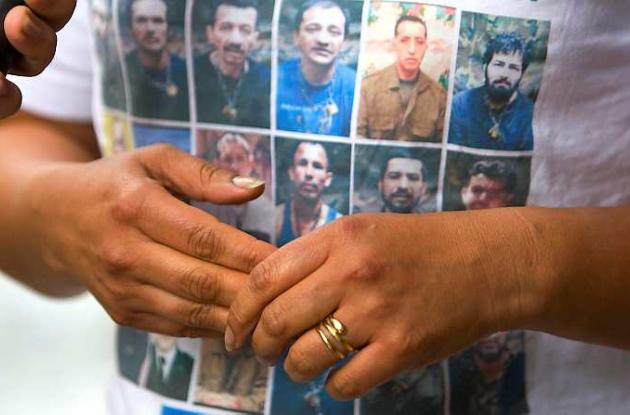 Las Farc mantienen cautivos a por lo menos 13 policías y militares