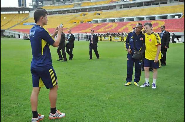 La Selección Colombia jugará este martes en La Paz.