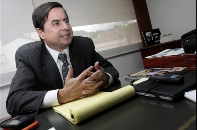 Senador Juan Fernando Cristo, uno de los autores de la Ley de Víctimas.