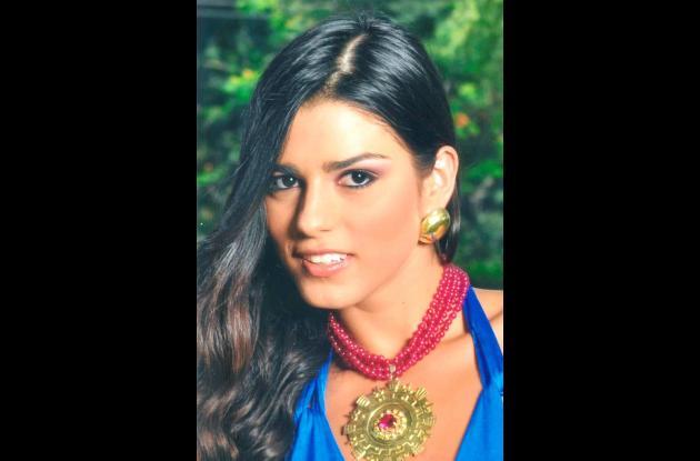Señorita Valle, Lucía Aldana Roldán